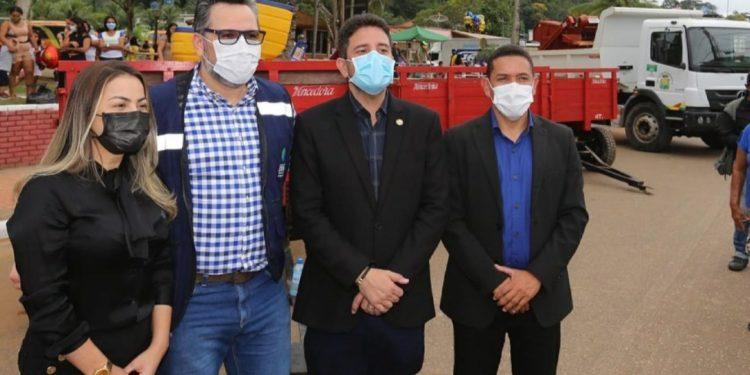 Deputado Alan Rick entrega patrulha mecanizada no município de Assis Brasil